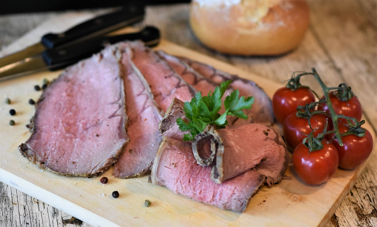 fresh beef with cold food