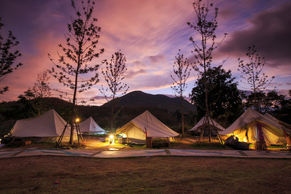 Whats The Difference Between Glamping and Camping What's The Difference Between Glamping and Camping?